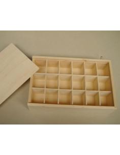 Houten doos met 18 vakjes